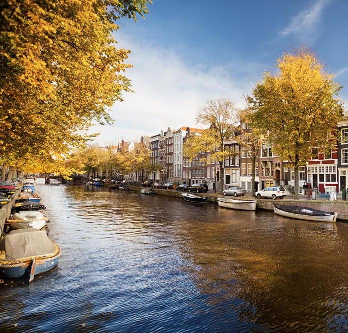 4 reasons to visit Amsterdam in Autumn!